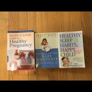 Bundle of 3 expectant baby books